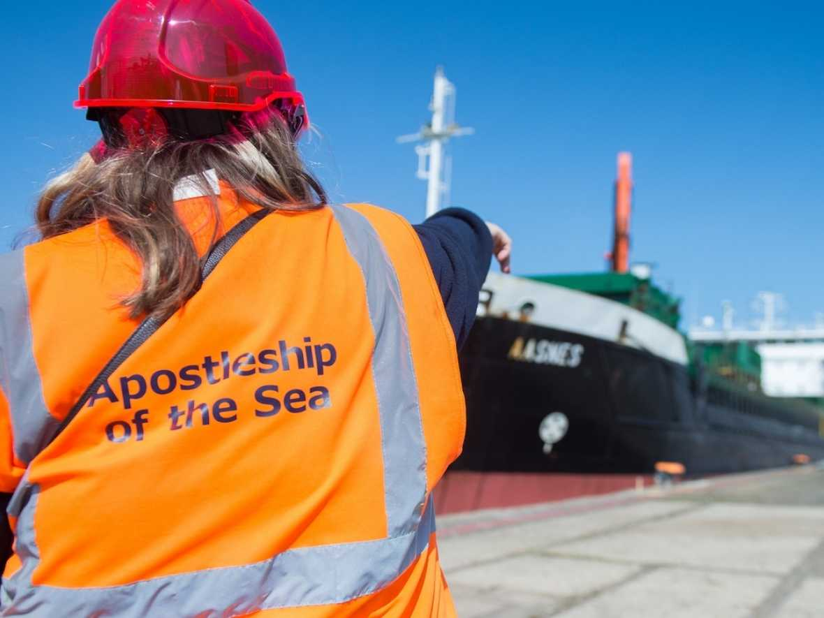 Female port chaplains making a difference