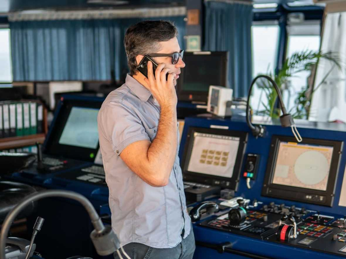 GNS and FrontM tie up to offer savings on ship to shore calls
