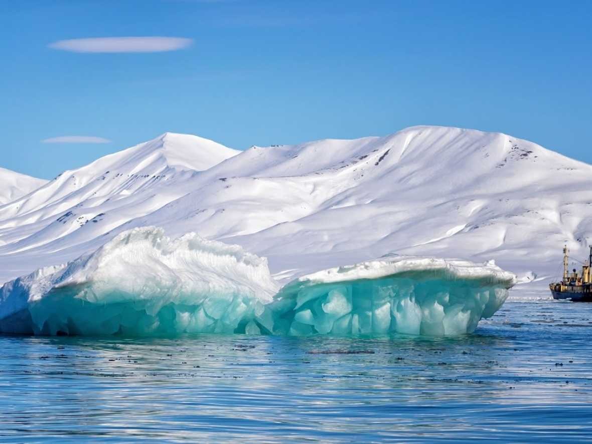 ICS and OCIMF guidelines to improve safety in polar waters
