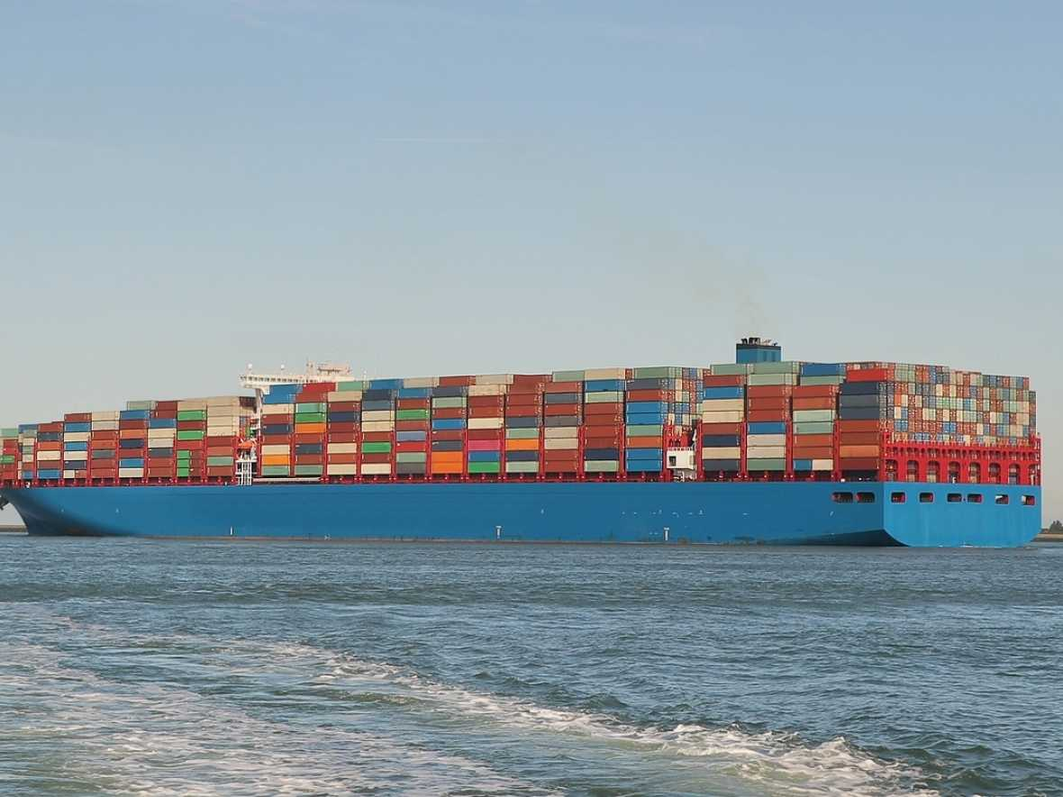 Scrubbers most popular with container ships says BIMCO