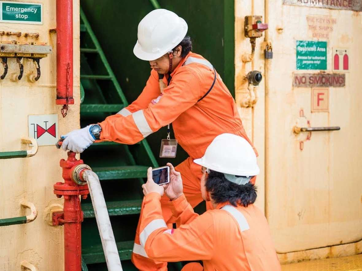 Digital Services in classification: Stay connected with DNV GL
