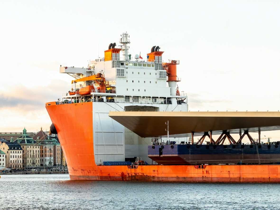 COVID-19 to stifle investment in multipurpose and heavylift shipping
