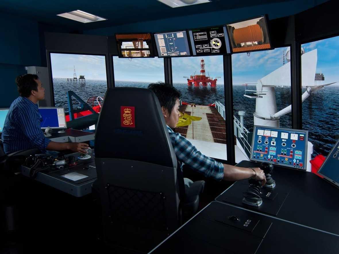 Jiangsu Maritime Institute ops for Kongsberg simulators