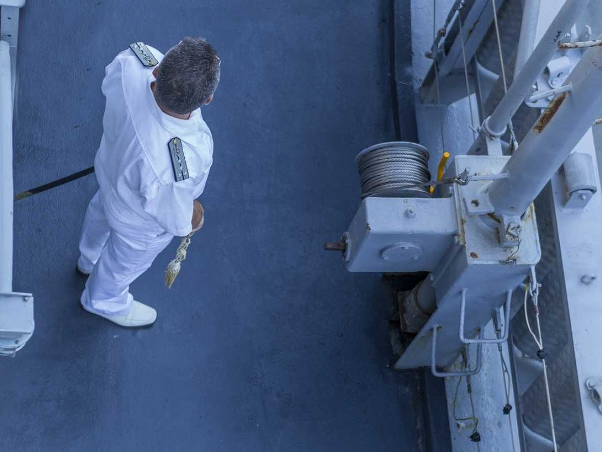 Drewry warns of officer shortage as career at sea loses attraction