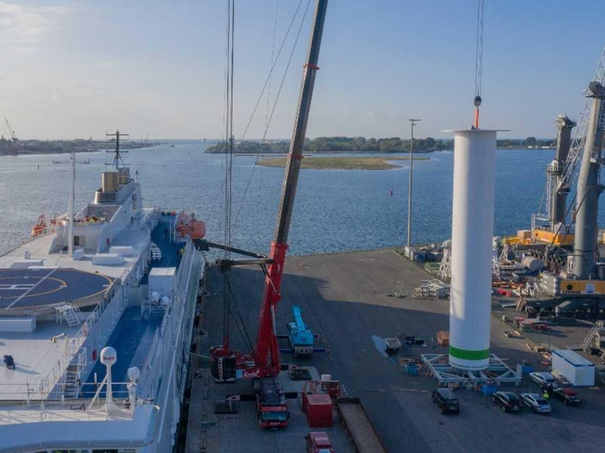 Copenhagen sees speedy installation of Norsepower Rotor Sail