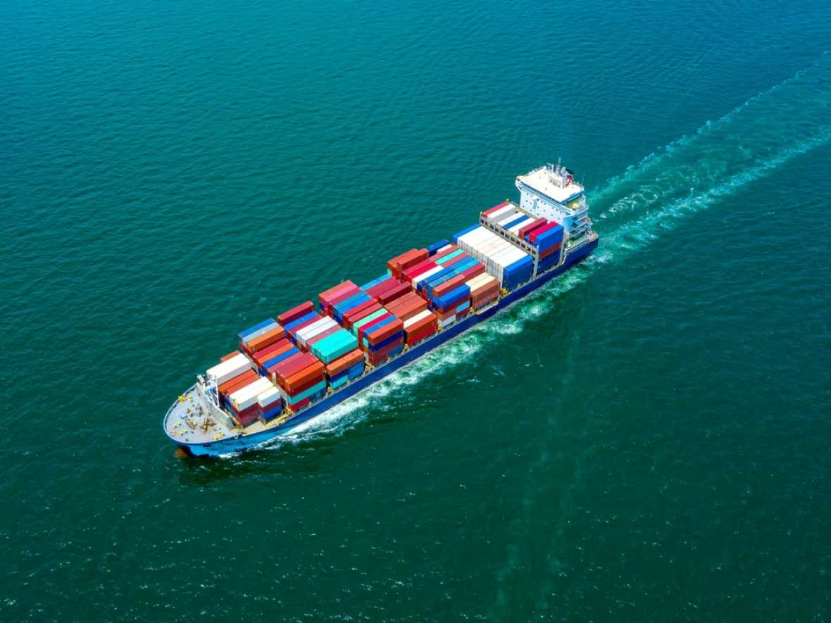 EU publishes first annual maritime CO2 emissions report