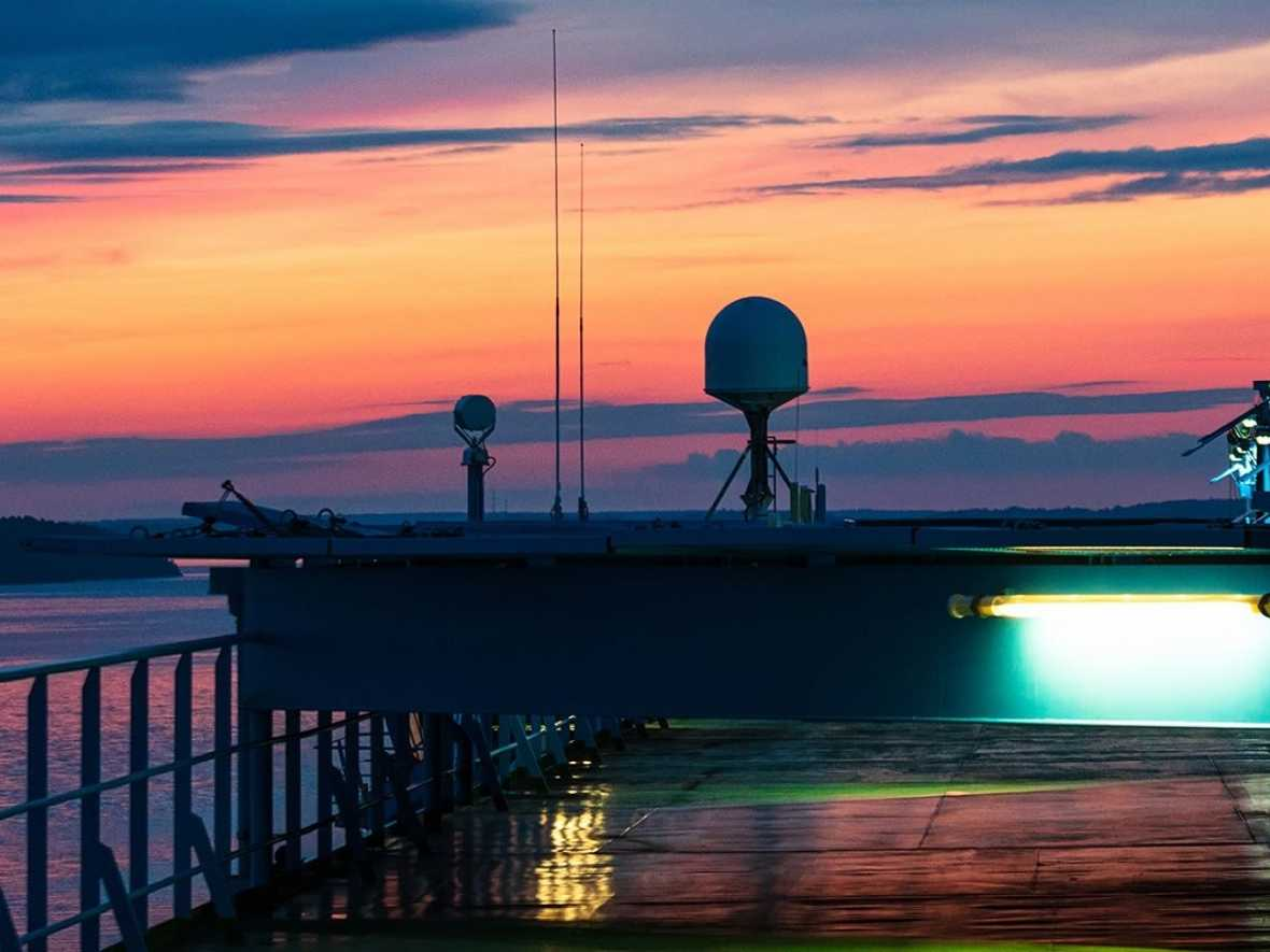 Pioneering convertible VSAT antenna hits the market