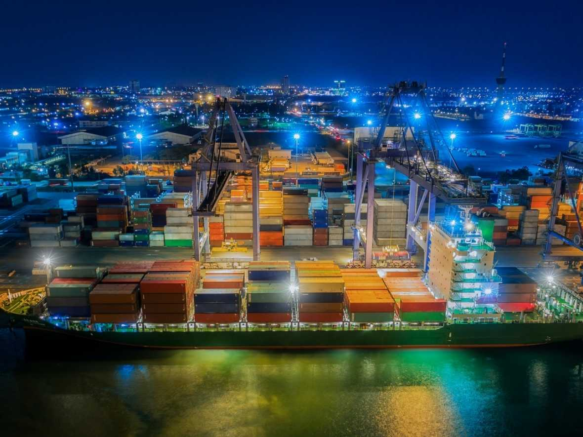 Smart Ports: On the move to become Global Logistics Information Exchange Hubs