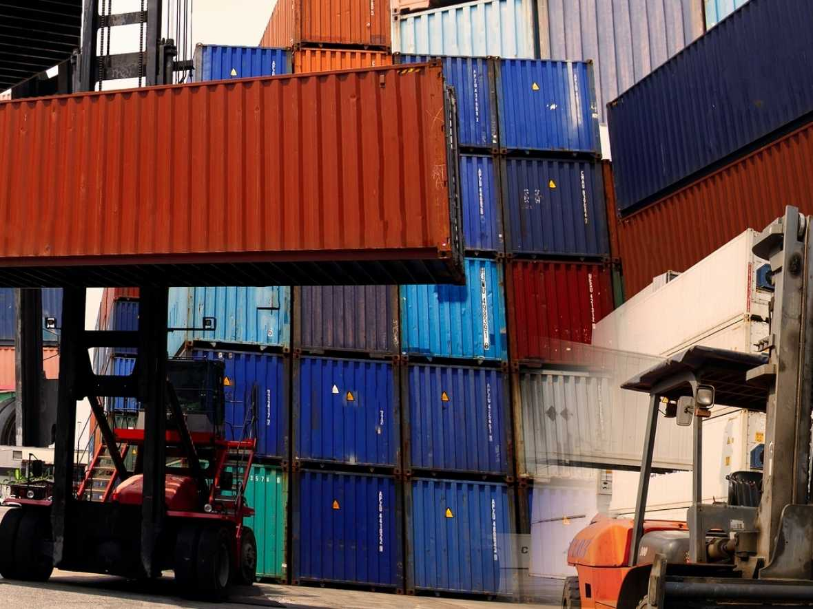 Shippers concerned about lack of container cargo space