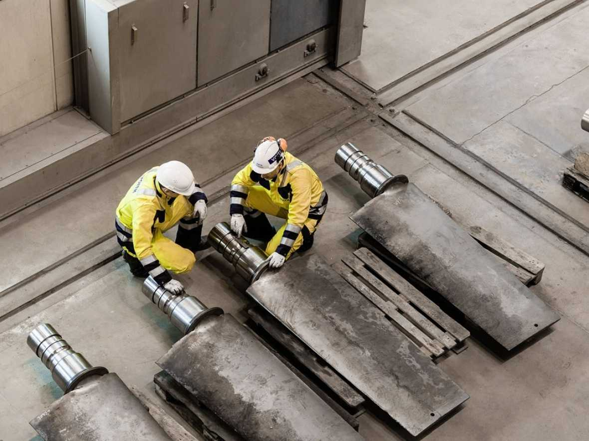 Voith Turbo restructures and sheds jobs