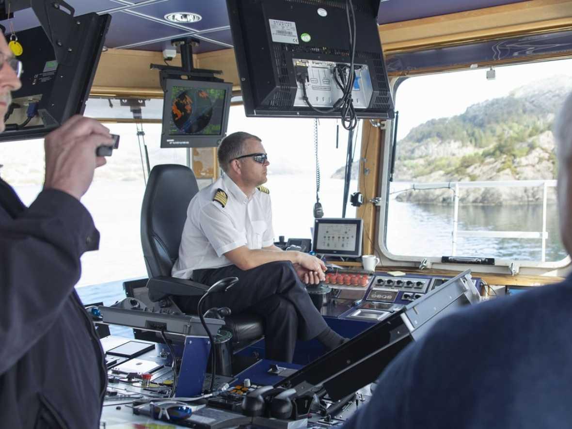 Wärtsilä commercialises auto-docking system