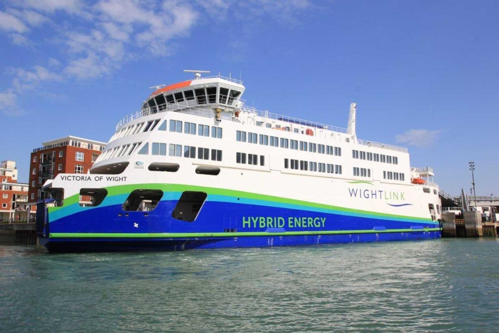 Victoria of Wight Hybrid ferry Wightlink pic