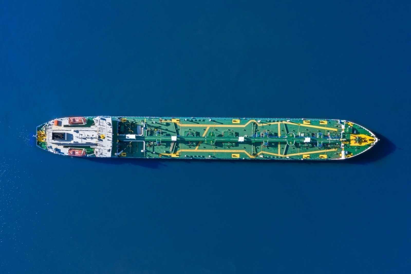 Ship lean