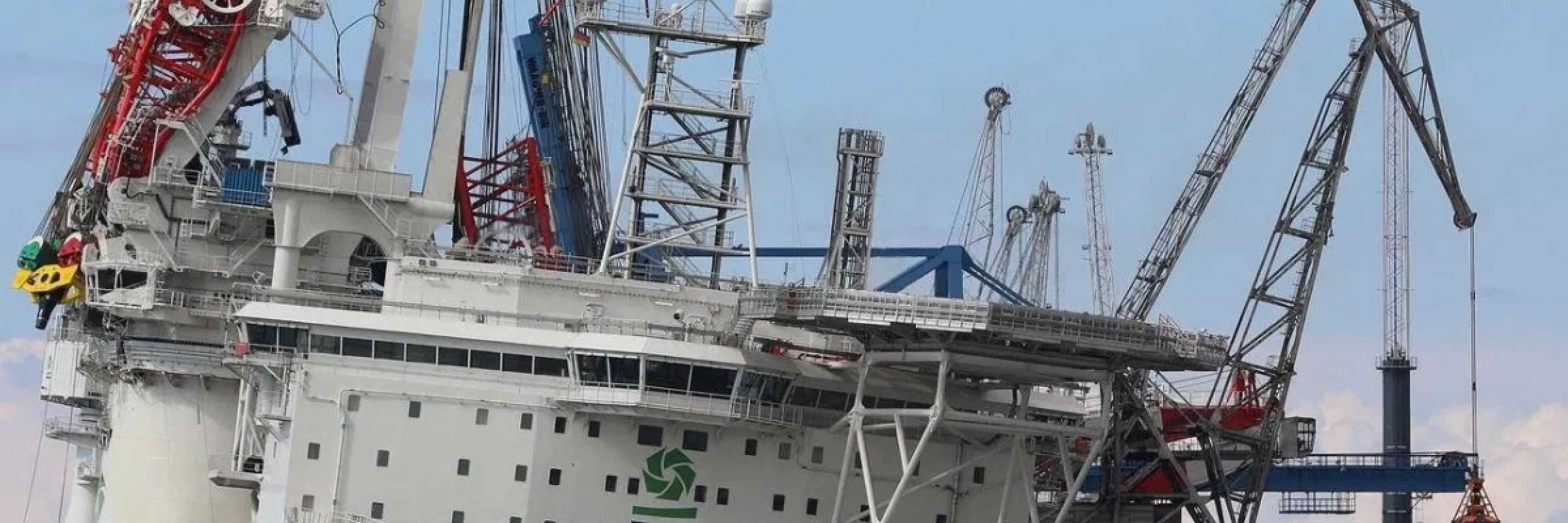 Orion 1 crane collapse leaves ten injured
