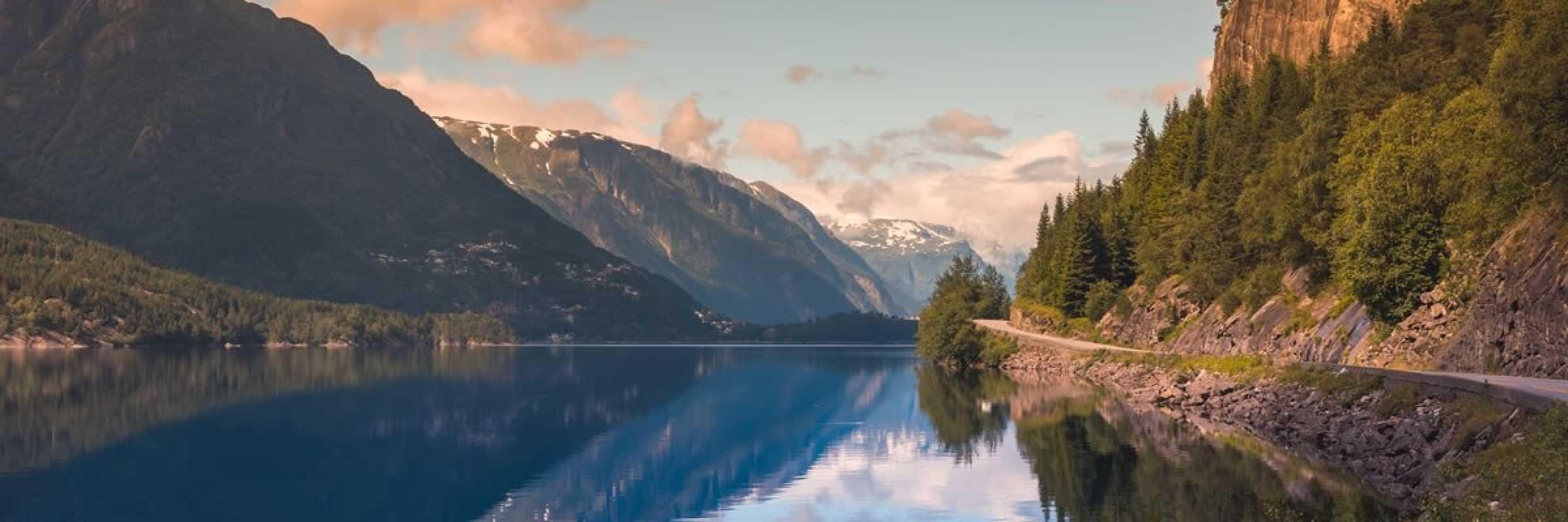 Norway adopts zero-emission regulations in world heritage fjords