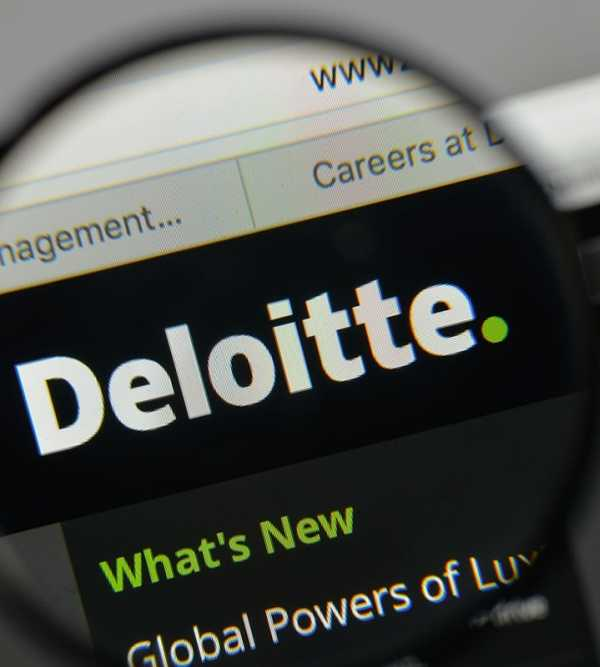Deloitte survey says LNG is shipping companies' preferred fuel