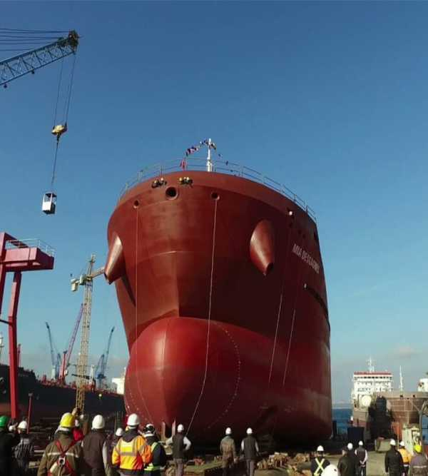 First polar-class dual-fuel product/chemical tanker